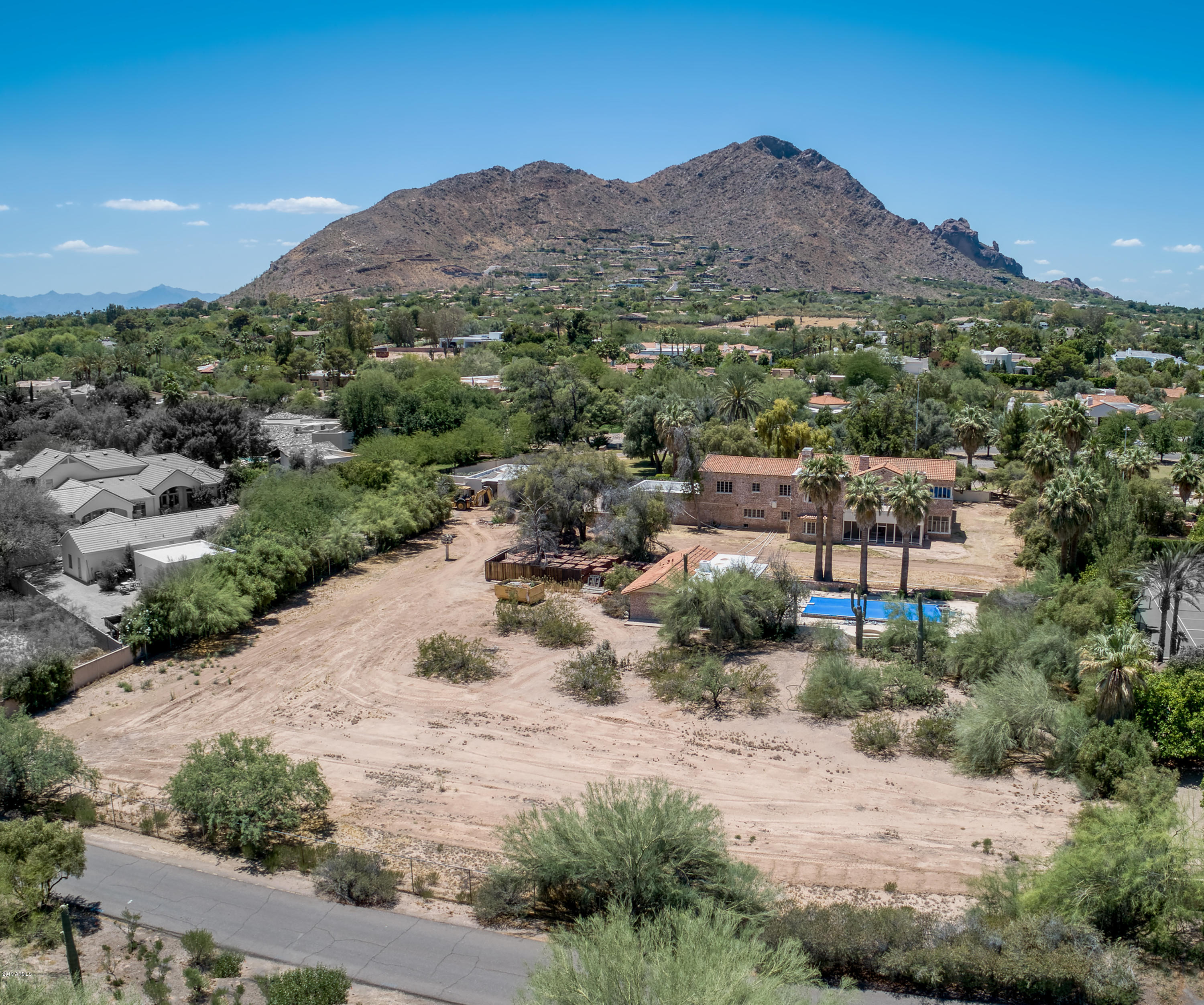 MLS 5933813 5601 N 67th Place, Paradise Valley, AZ Paradise Valley Horse Property for Sale