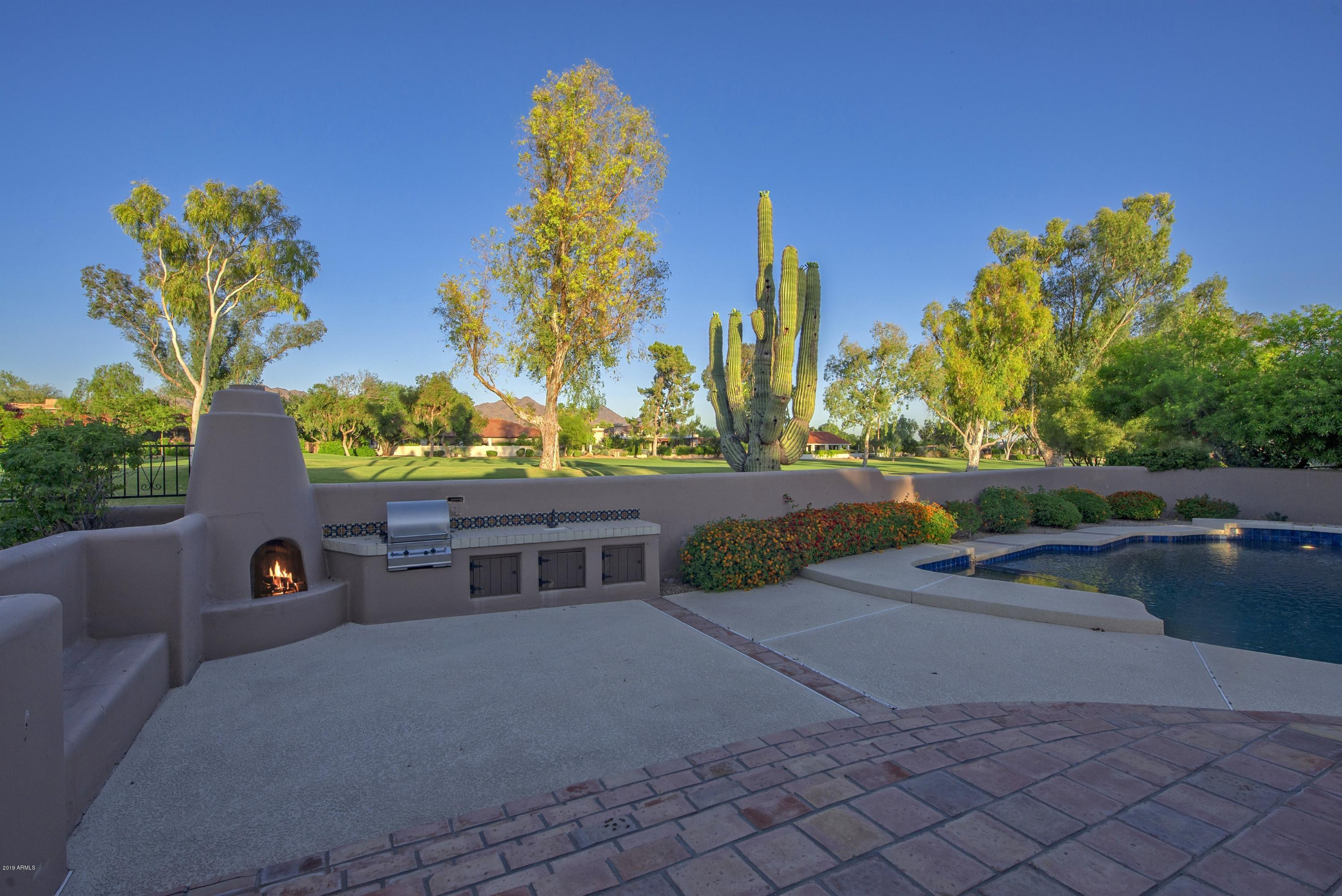 Photo of 8229 E FOOTHILL Circle, Scottsdale, AZ 85255