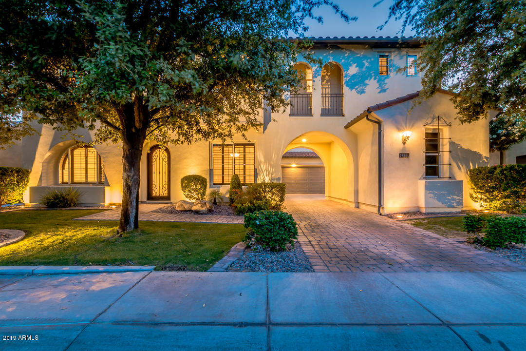 Photo of 4330 S ROSEMARY Place, Chandler, AZ 85248