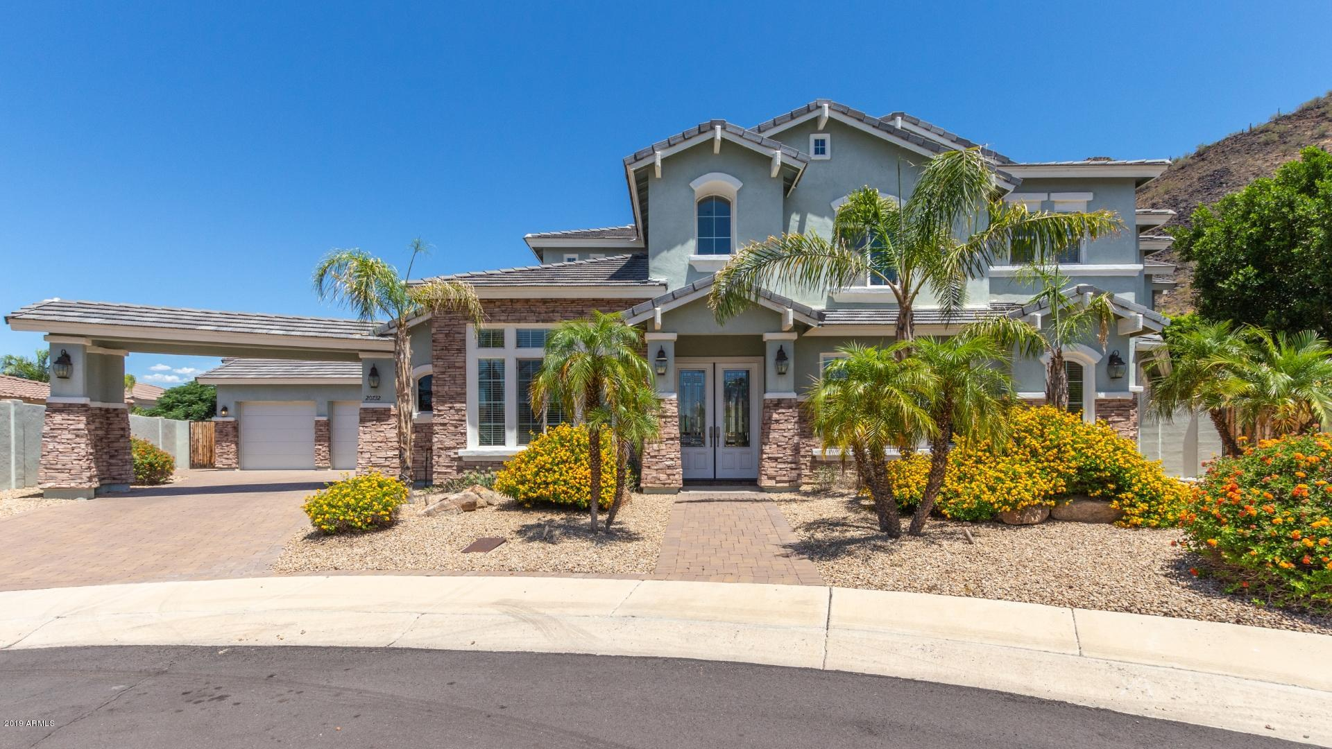 Photo of 20732 N 51ST Drive, Glendale, AZ 85308
