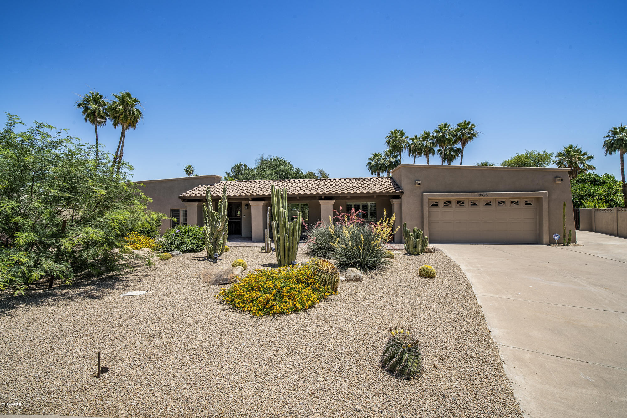Photo of 8925 N 80th Way, Scottsdale, AZ 85258