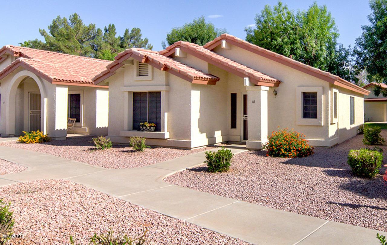 Photo of 1120 N VAL VISTA Drive #18, Gilbert, AZ 85234