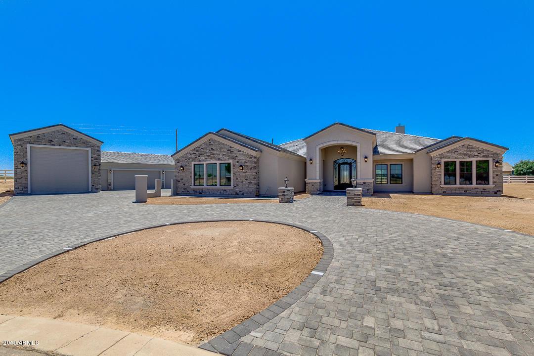 Photo of 21587 E PUMMELOS Road, Queen Creek, AZ 85142