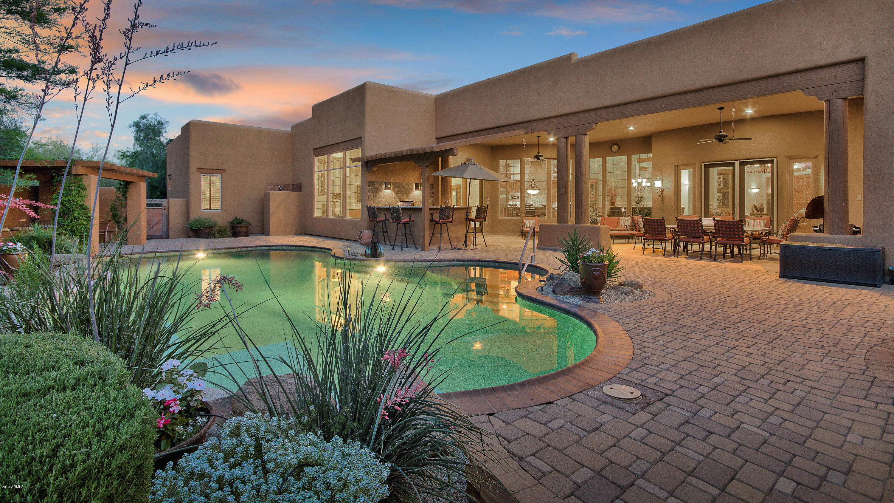 Photo of 8300 E DIXILETA Drive #298, Scottsdale, AZ 85266