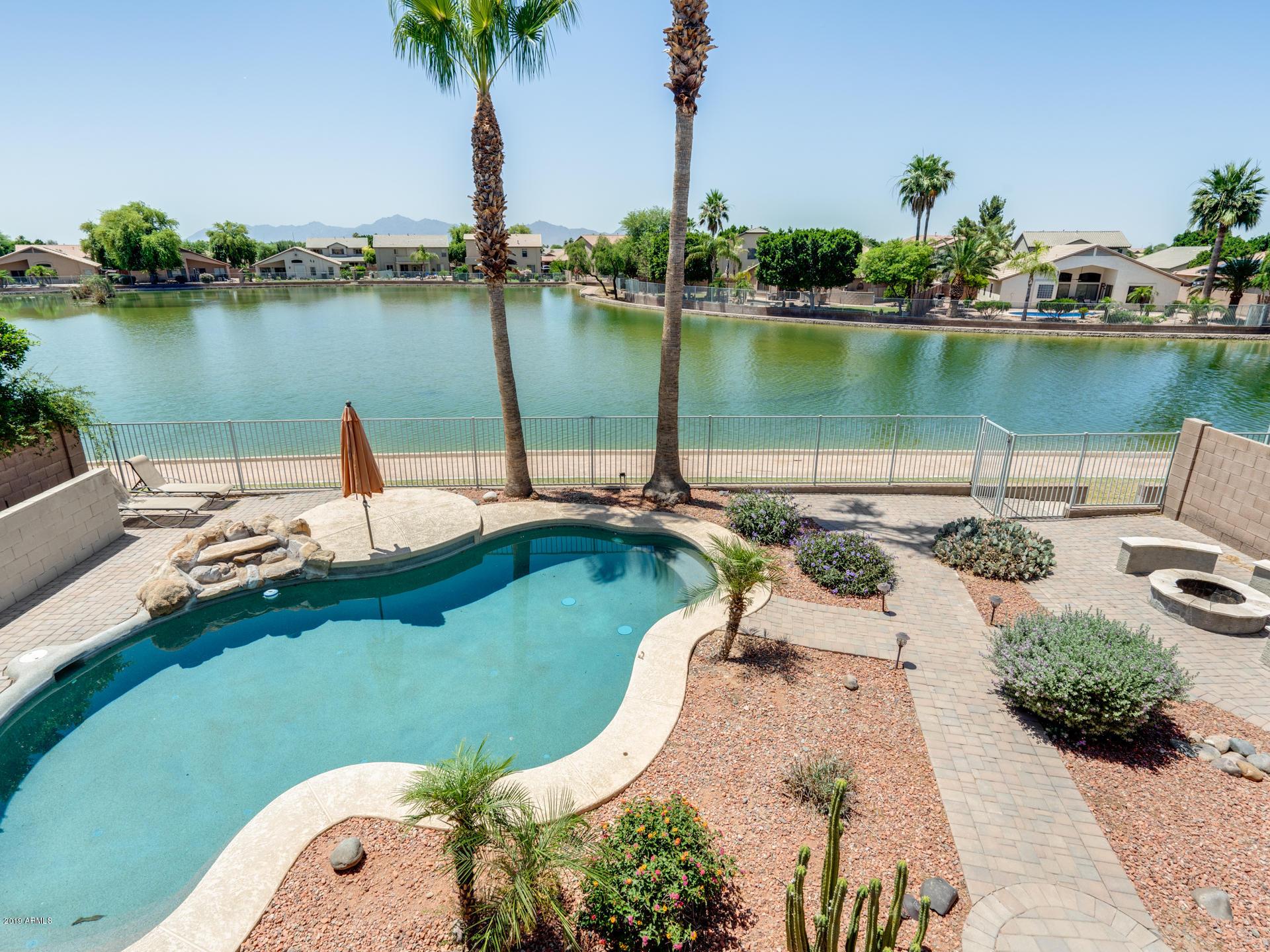 Photo of 11109 W WILSHIRE Drive, Avondale, AZ 85392