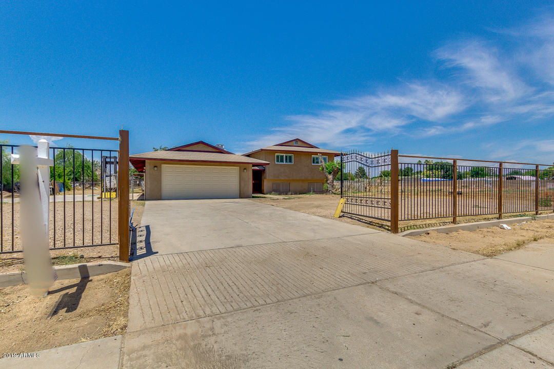 Photo of 4714 W GREENWAY Road, Glendale, AZ 85306