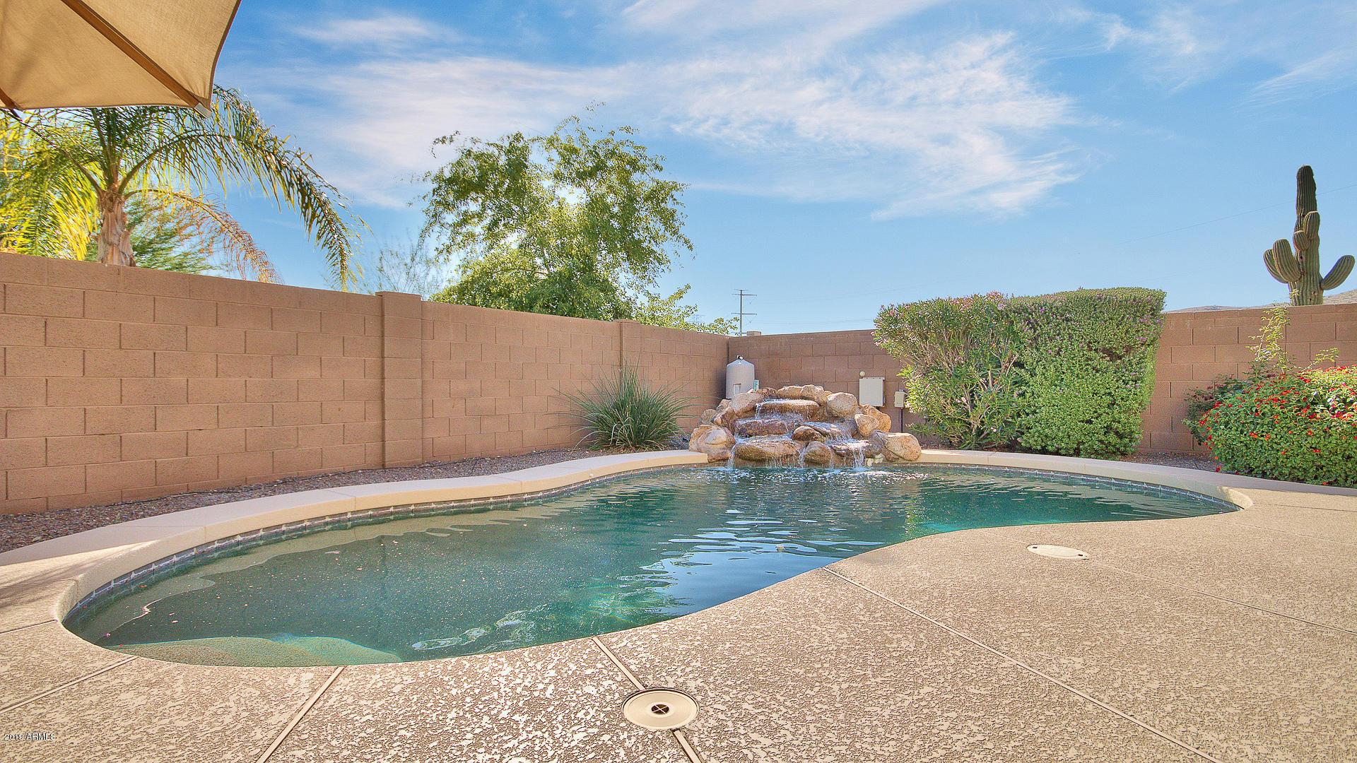 MLS 5936310 2405 E RUSTLING OAKS Lane, Phoenix, AZ 85024 Phoenix AZ Desert Peak