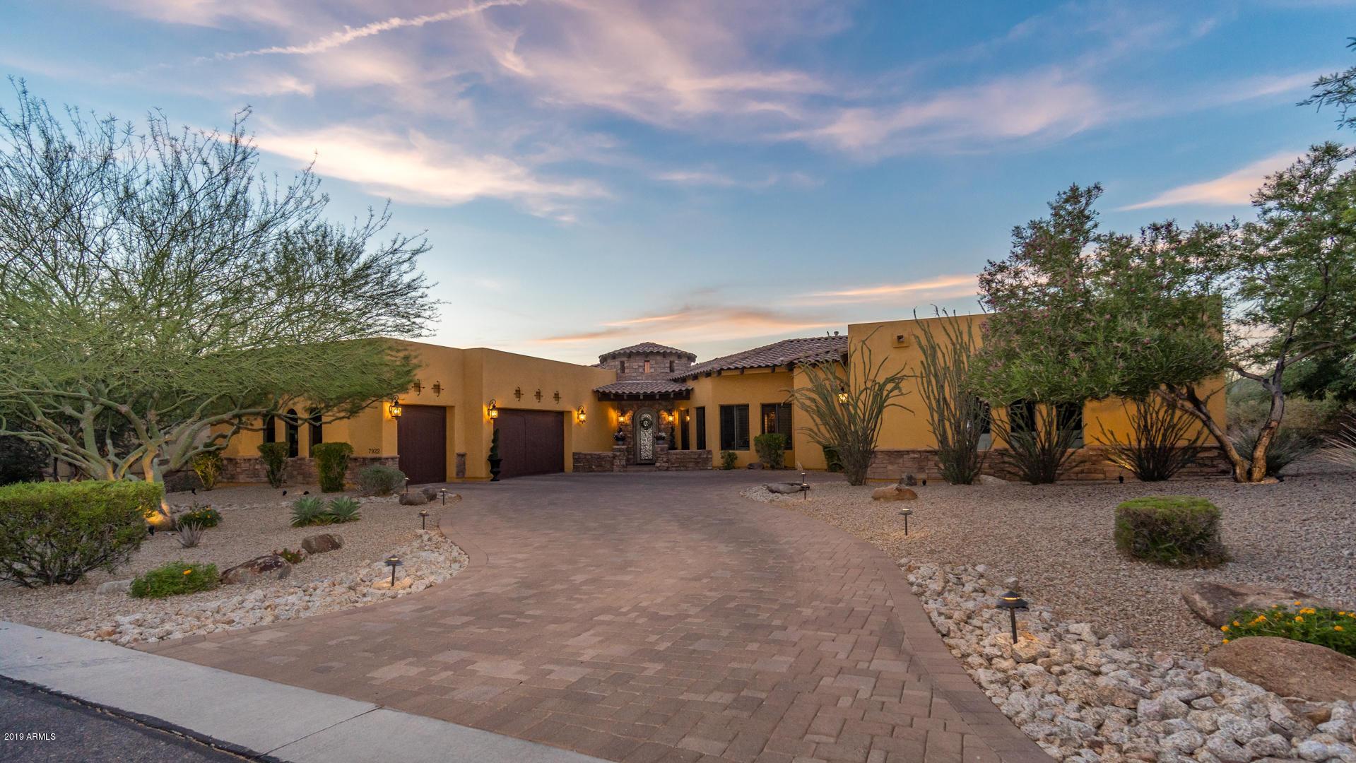 Photo of 7922 E RIVERDALE Street, Mesa, AZ 85207