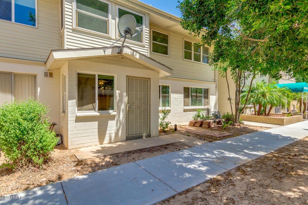 Photo of 8220 E GARFIELD Street #k111, Scottsdale, AZ 85257