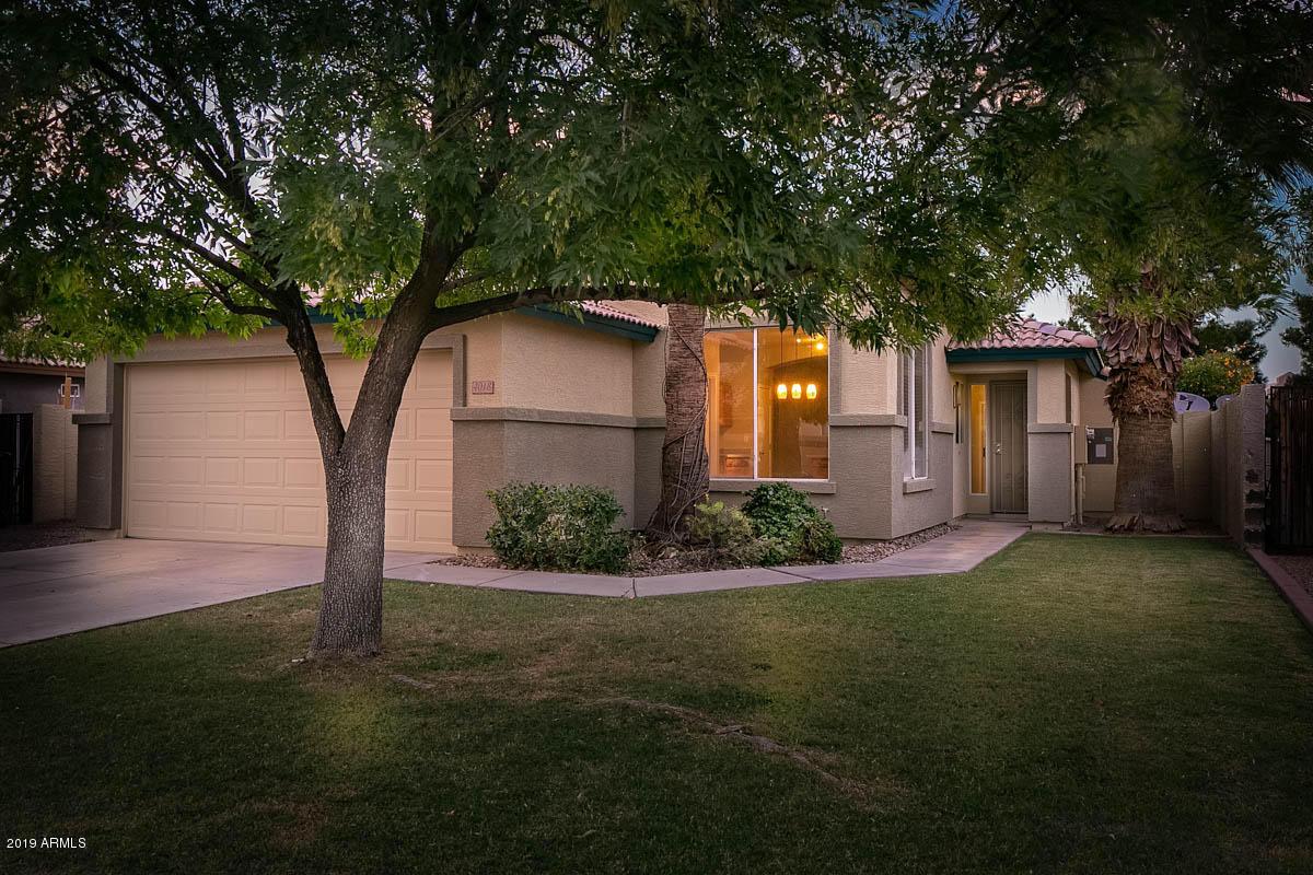Photo of 4018 E LIBRA Avenue, Gilbert, AZ 85234