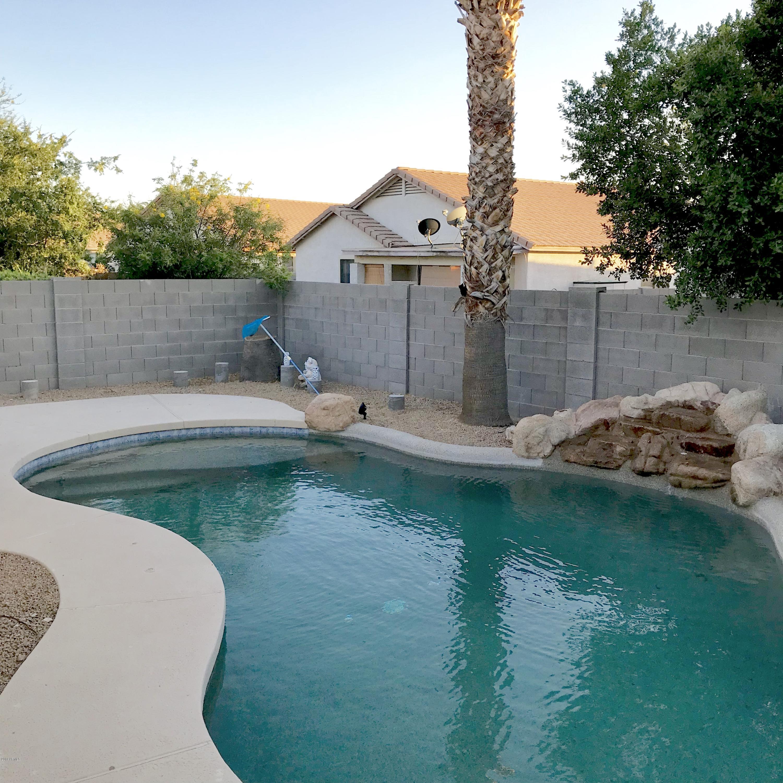 Photo of 8832 N 65th Drive, Glendale, AZ 85302
