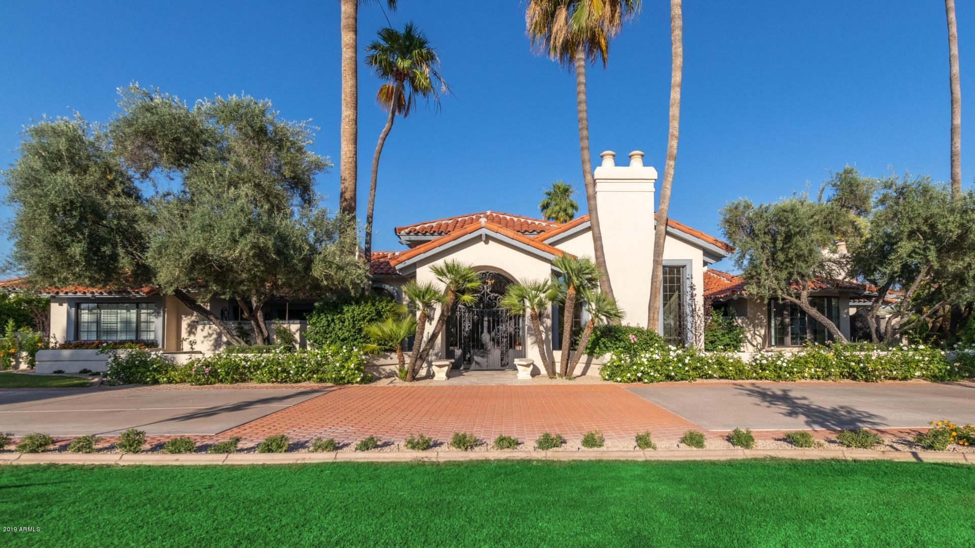 Photo of 8701 N 65TH Street, Paradise Valley, AZ 85253
