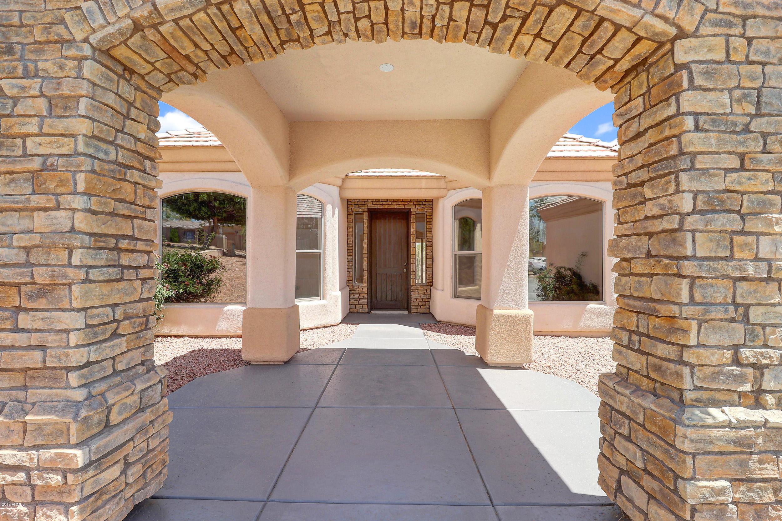 Photo of 15926 E GENOA Way, Fountain Hills, AZ 85268