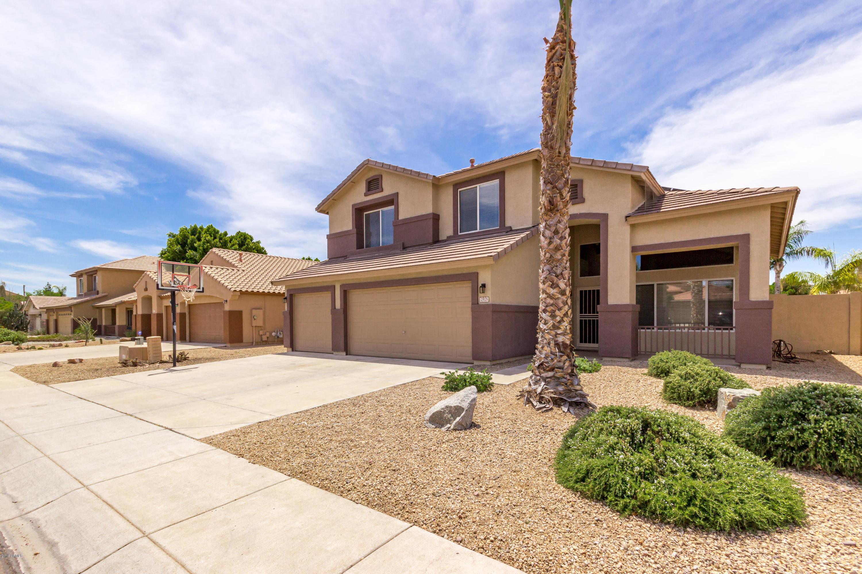 Photo of 7925 W ROSE GARDEN Lane, Peoria, AZ 85382