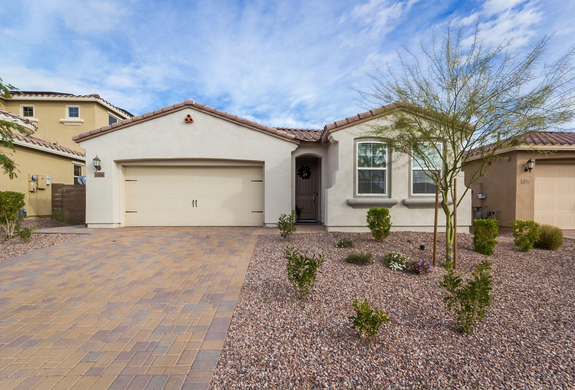 13720 W AMBERWING Street, Peoria, Arizona