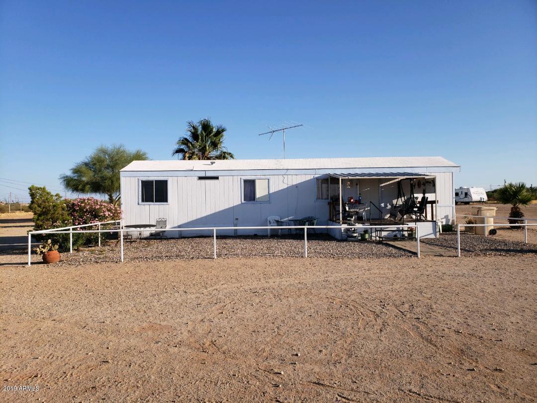 Photo of 2365 W DANIEL Road, Queen Creek, AZ 85142