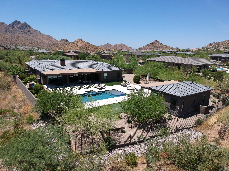 Photo of 11798 E DESERT HOLLY Drive, Scottsdale, AZ 85255