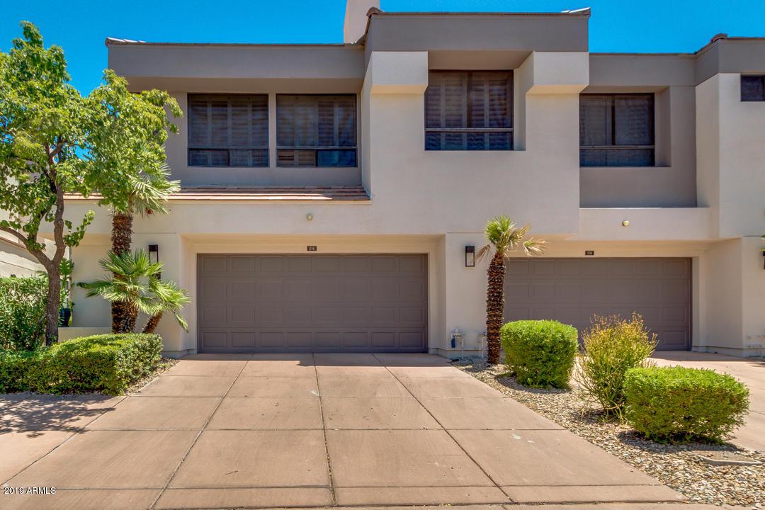 Photo of 7222 E GAINEY RANCH Road #218, Scottsdale, AZ 85258