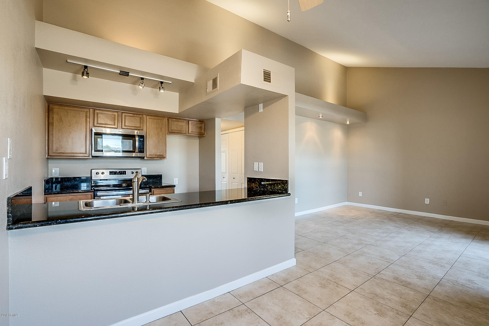 Photo of 1241 N 48TH Street #215, Phoenix, AZ 85008
