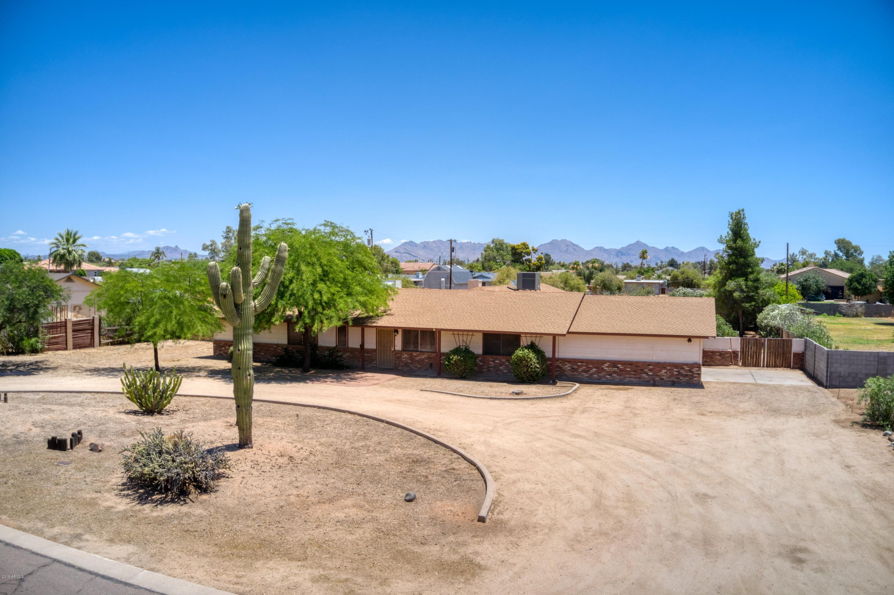 16223 N 40th Place, Phoenix AZ 85032
