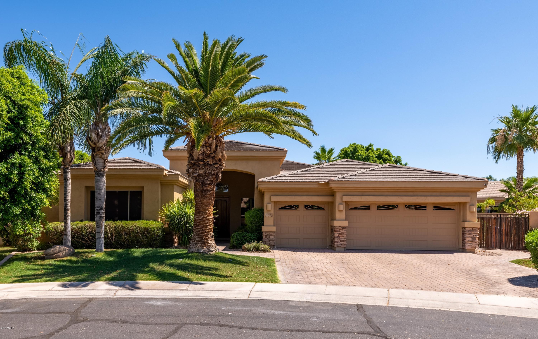 1726 W KAIBAB Drive, Chandler AZ 85248