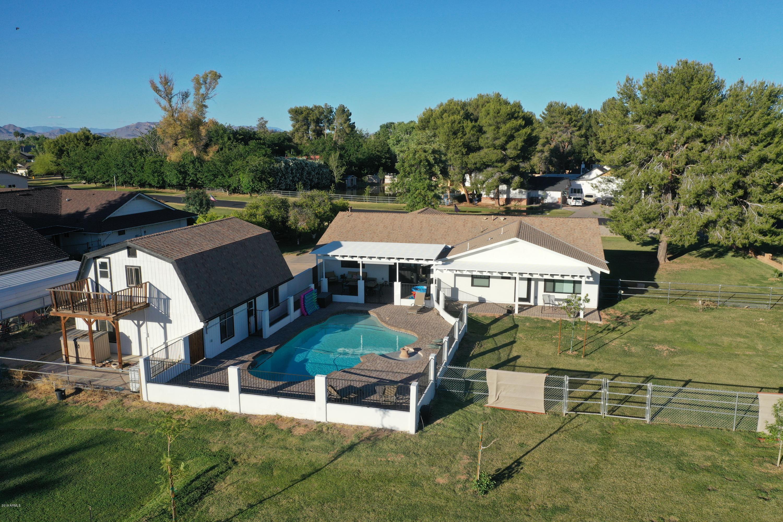 MLS 5944109 1014 N CONSTELLATION Way, Gilbert, AZ White Fence Farms in Gilbert