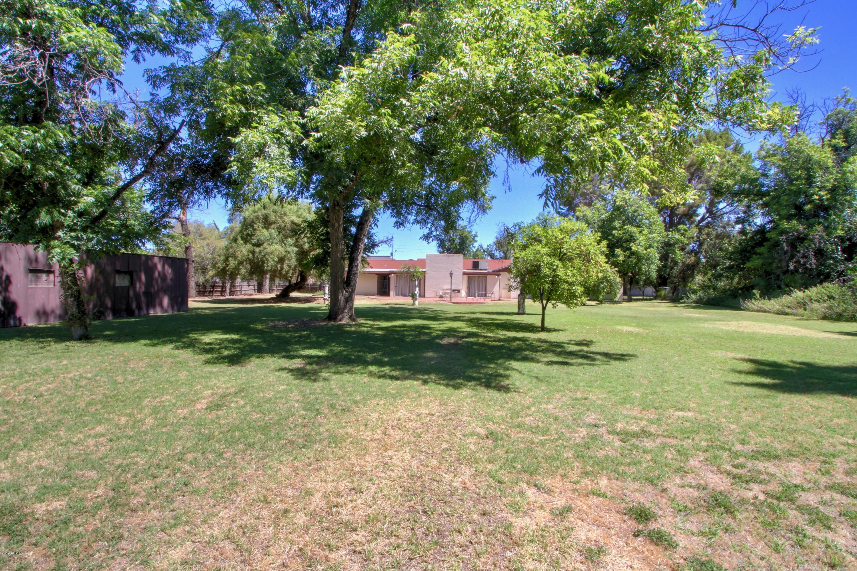 MLS 5944070 1415 E Bethany Home Road, Phoenix, AZ 85014 Phoenix AZ Equestrian