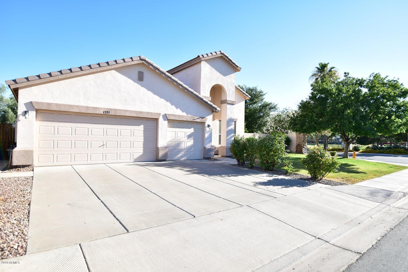 MLS 5944247 1371 E FAIRVIEW Street, Chandler, AZ 85225 Willis Ranch