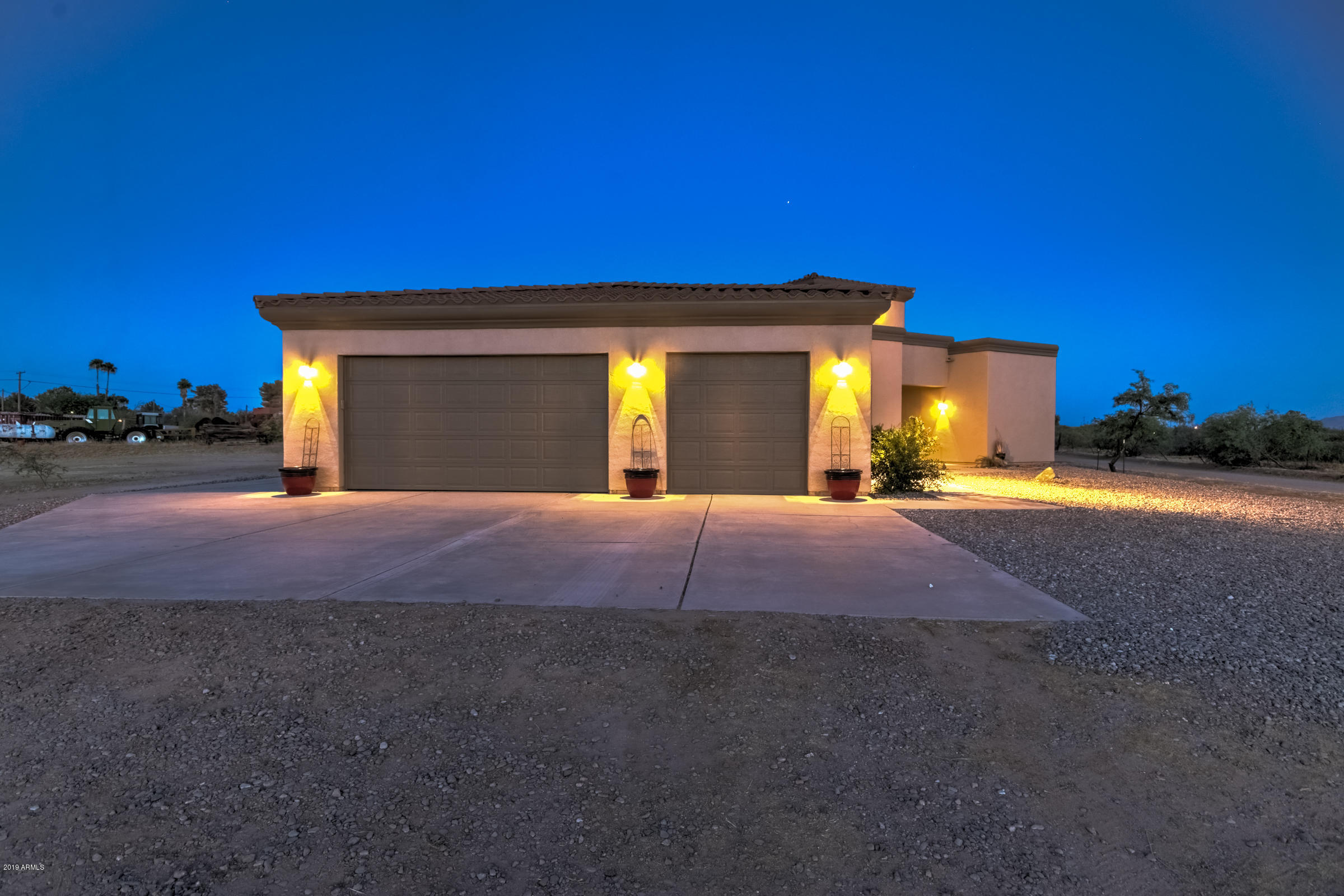 MLS 5944865 10819 E THE GRIFFIN Way, Coolidge, AZ Coolidge Horse Property for Sale