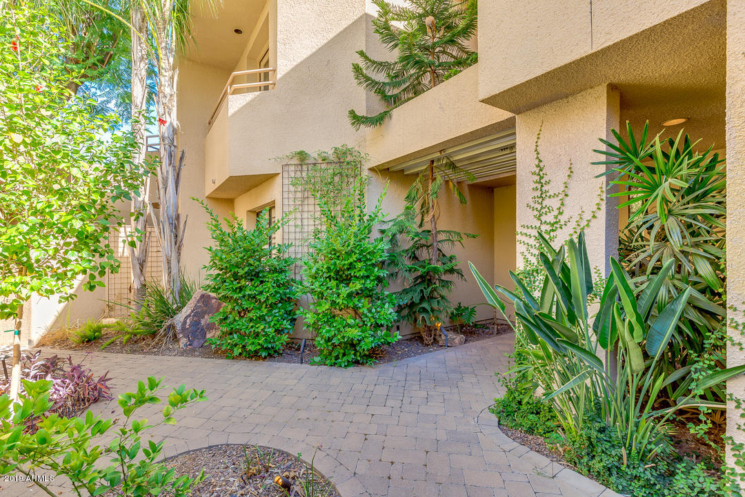 Photo of 7760 E GAINEY RANCH Road #6, Scottsdale, AZ 85258