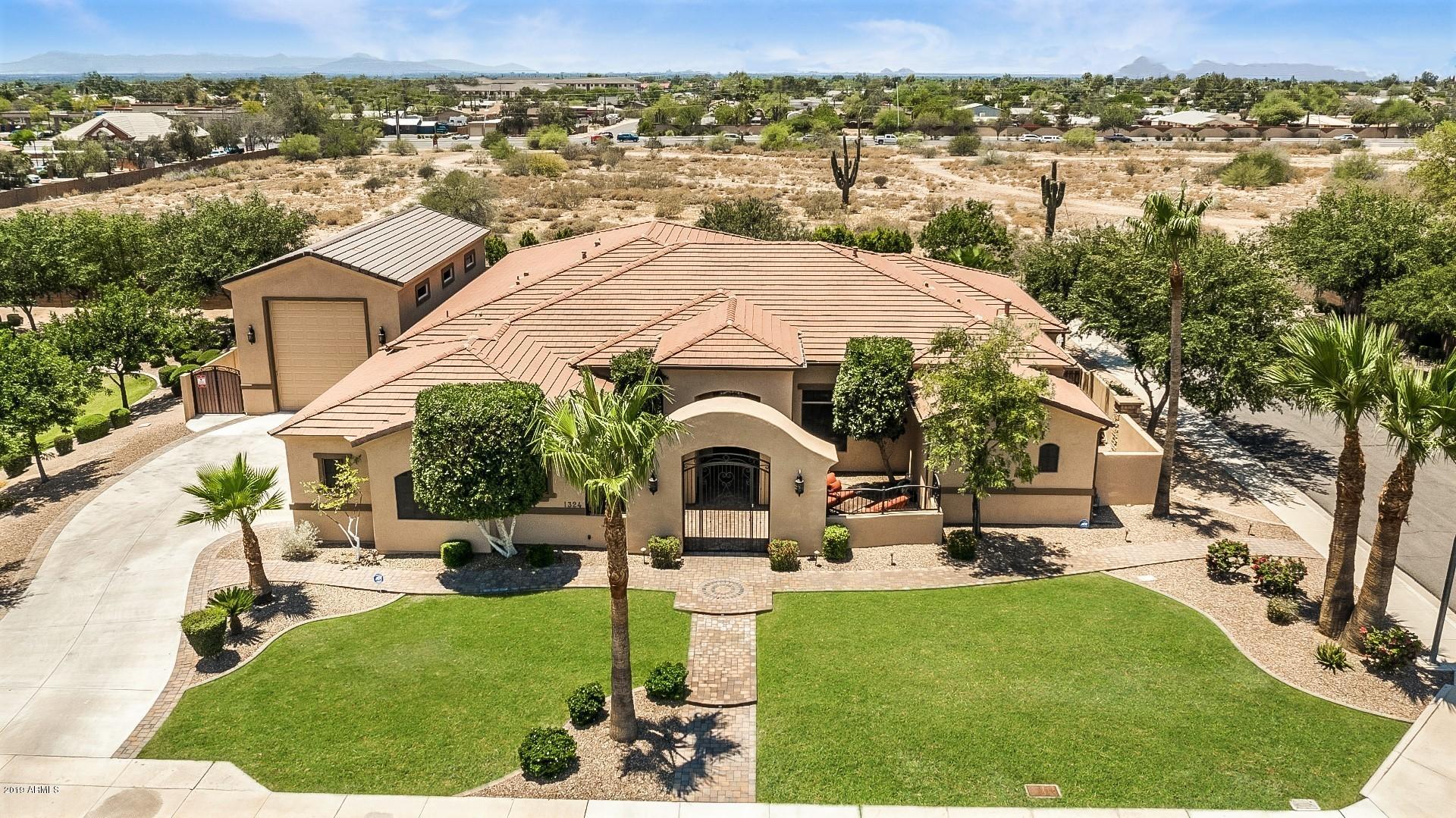 Photo of 1324 N 69TH Place, Mesa, AZ 85207