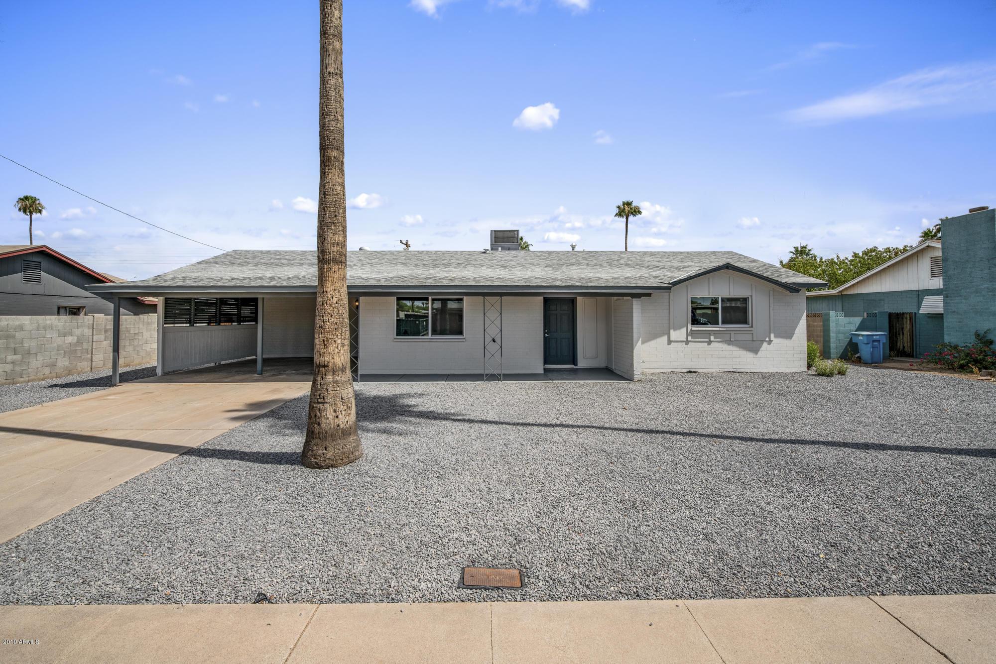 Photo of 6416 W GLENROSA Avenue, Phoenix, AZ 85033