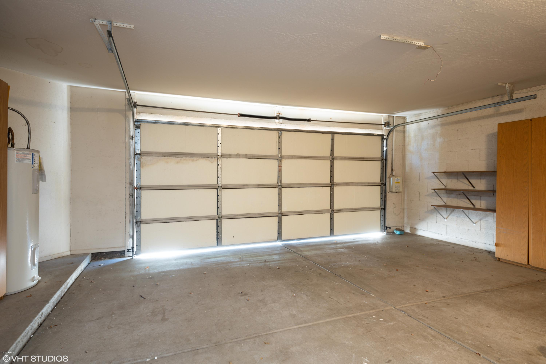 MLS 5949995 11401 N 40TH Way, Phoenix, AZ 85028 Phoenix AZ REO Bank Owned Foreclosure