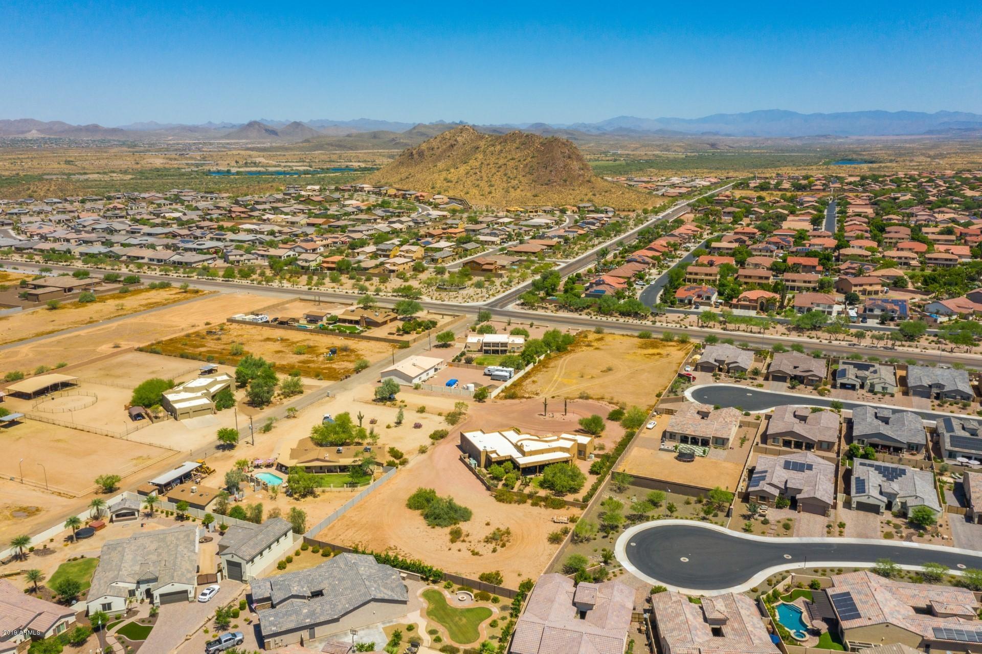 MLS 5950242 9845 W TETHER Trail, Peoria, AZ Peoria AZ Equestrian