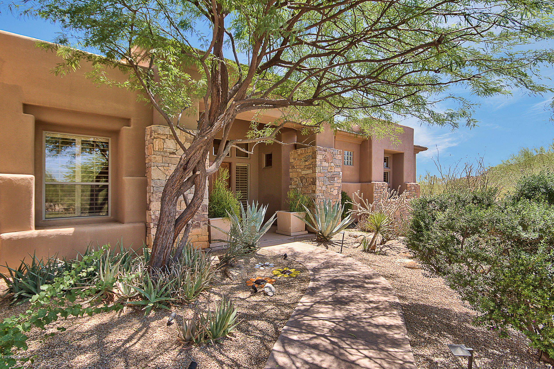 Photo of 8107 E Thorntree Drive, Scottsdale, AZ 85266