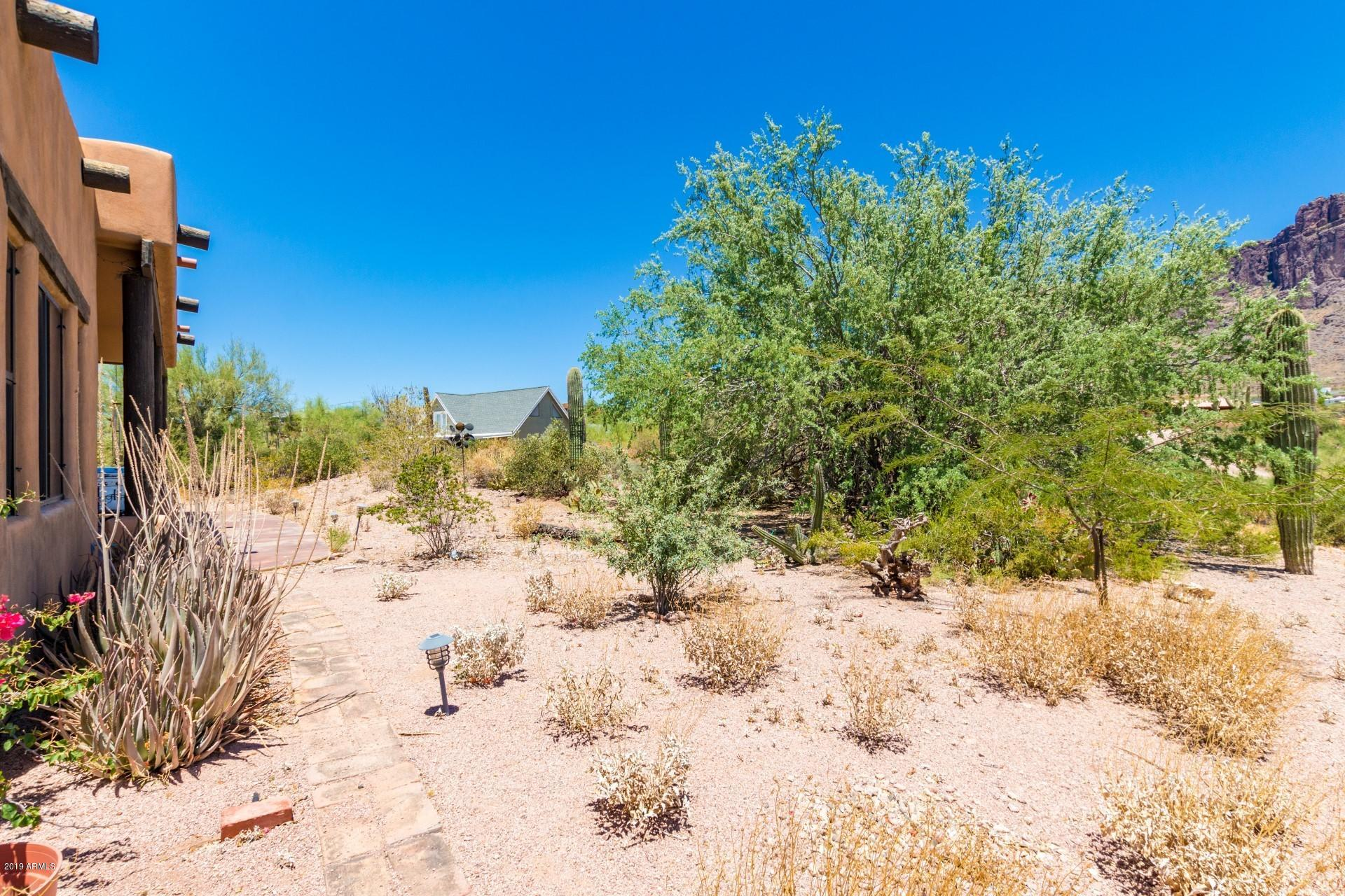 MLS 5948918 2443 N SIXSHOOTER Road, Apache Junction, AZ Apache Junction Horse Property for Sale