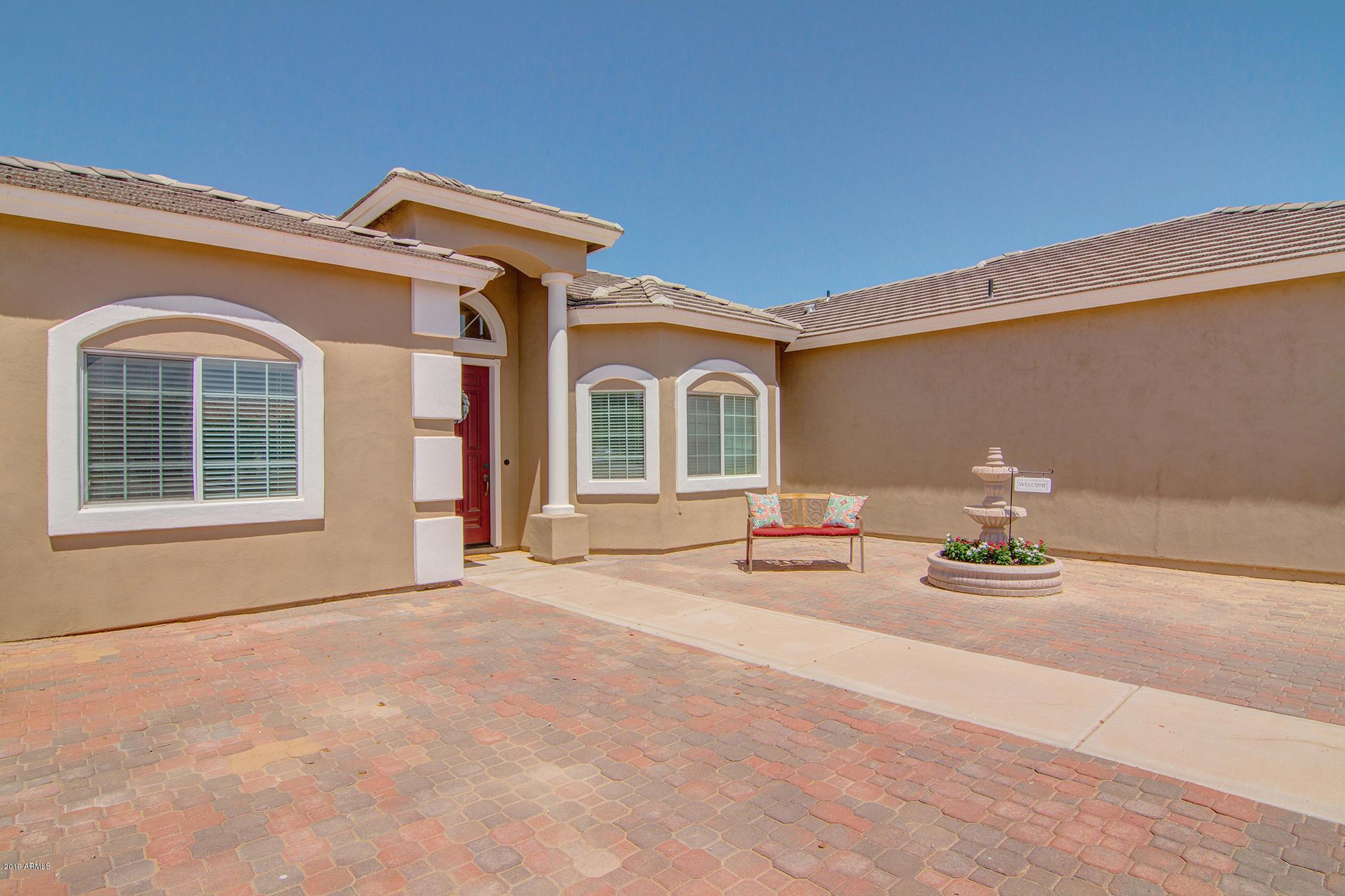 MLS 5950267 21010 S 220th Place, Queen Creek, AZ Queen Creek Horse Property for Sale