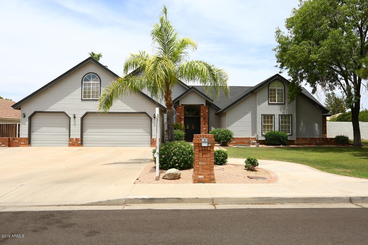 Photo of 1426 E LOCKWOOD Circle, Mesa, AZ 85203