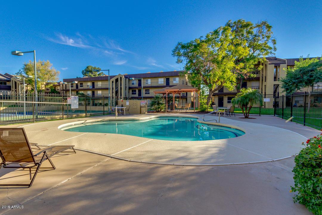 Photo of 461 W HOLMES Avenue #260, Mesa, AZ 85210