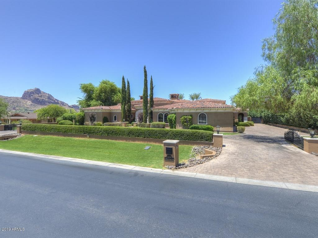 Photo of 6636 N LOST DUTCHMAN Drive, Paradise Valley, AZ 85253