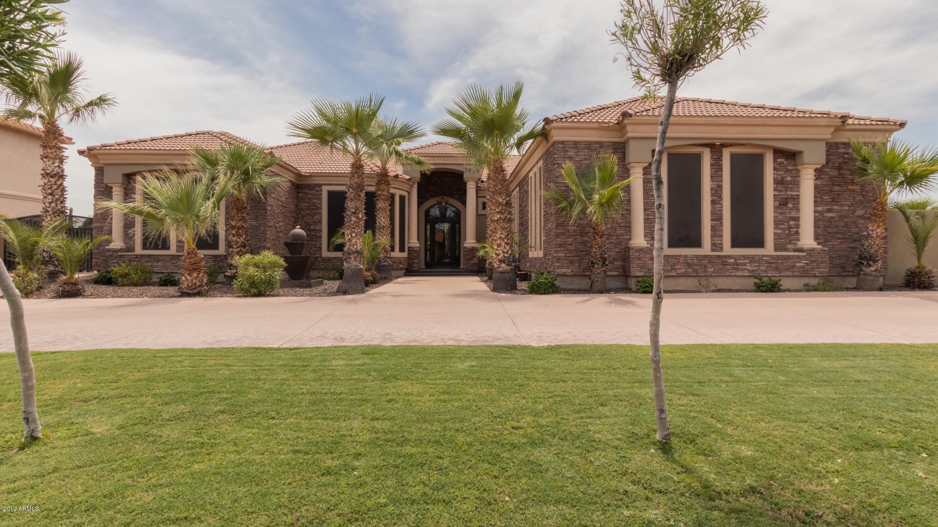 Photo of 7639 W LIBBY Street, Glendale, AZ 85308