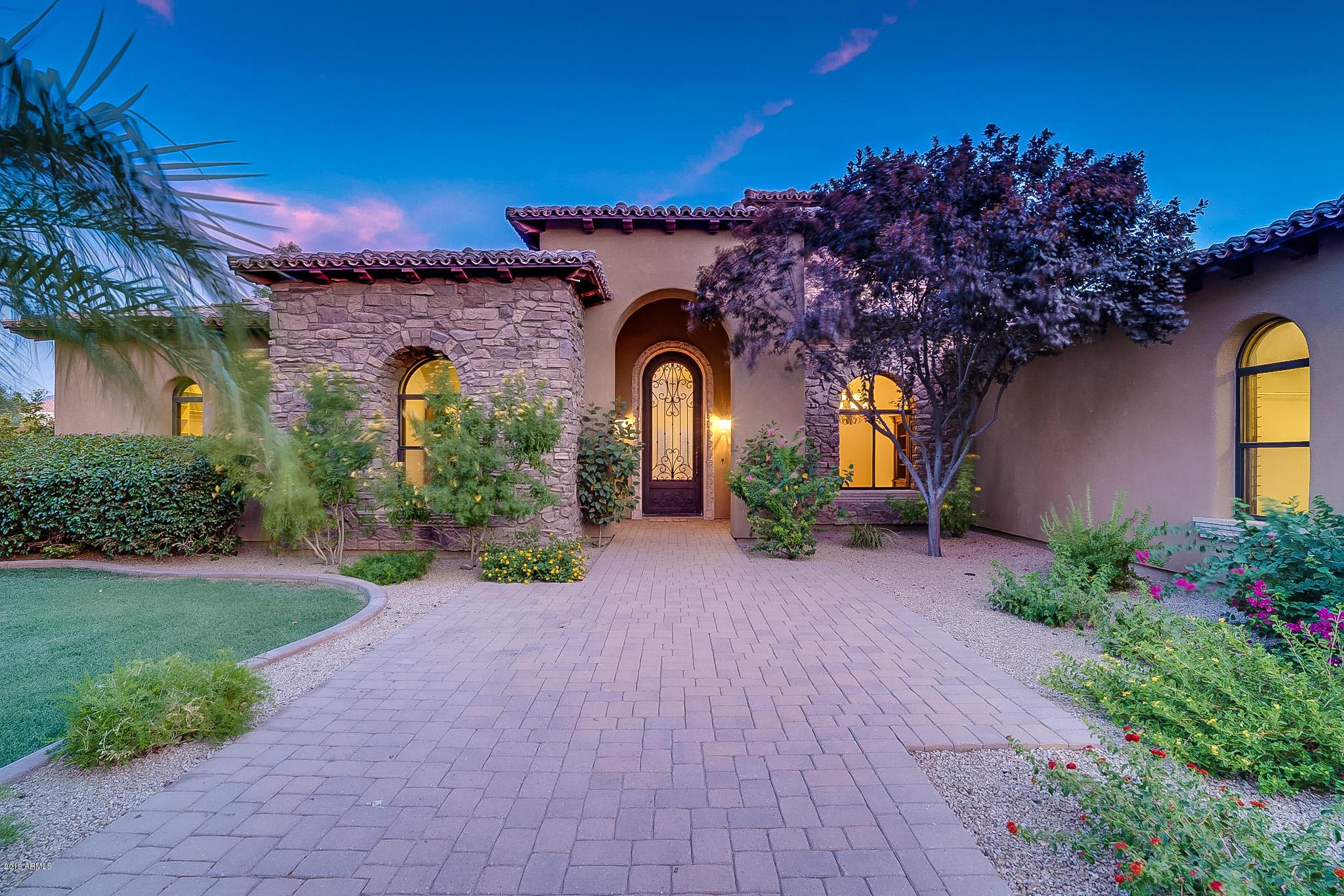 Photo of 4347 E CAPRICORN Place, Chandler, AZ 85249