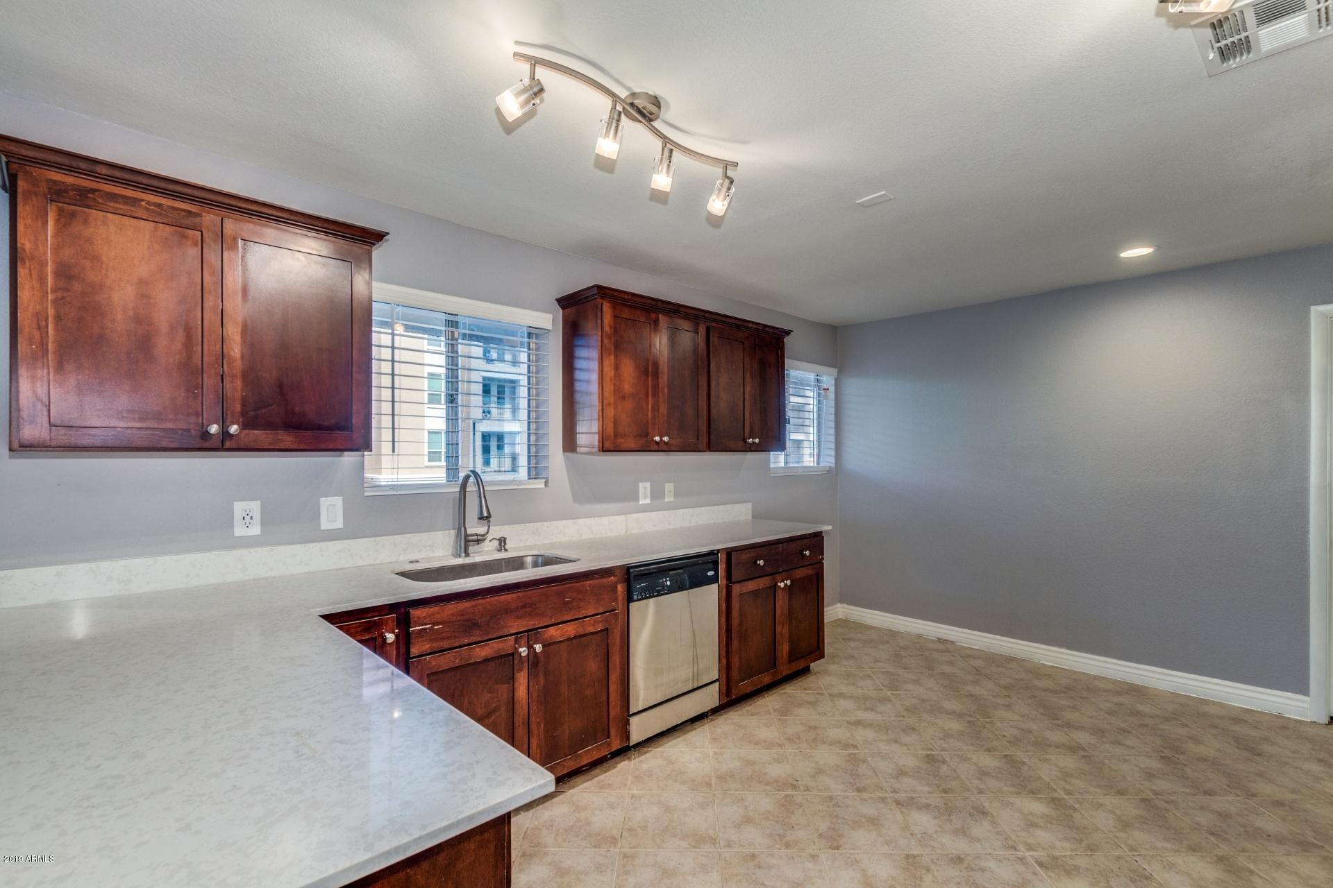 Photo of 1014 E SPENCE Avenue #206, Tempe, AZ 85281