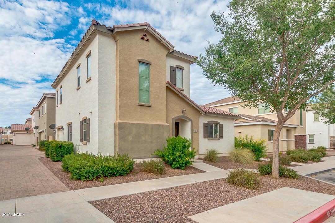 Photo of 4725 E LAUREL Avenue, Gilbert, AZ 85234
