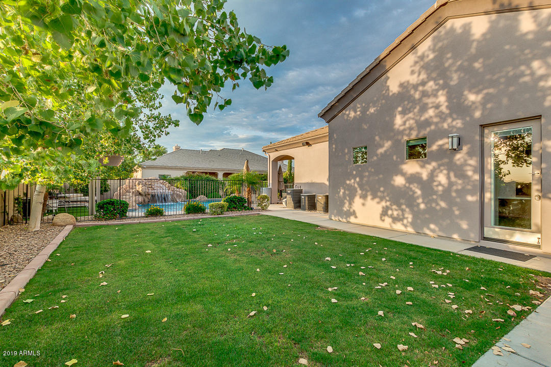 MLS 5950382 2818 E WATERMAN Court, Gilbert, AZ Gilbert AZ Gated