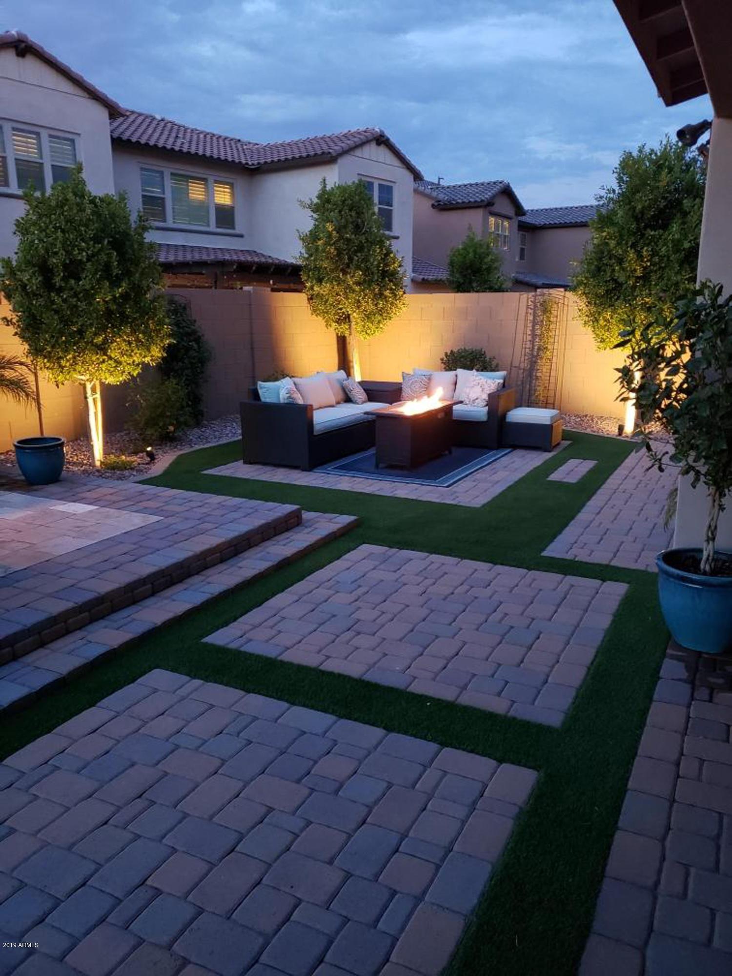 MLS 5956462 936 W Kaibab Drive, Chandler, AZ 85248 Community Pool
