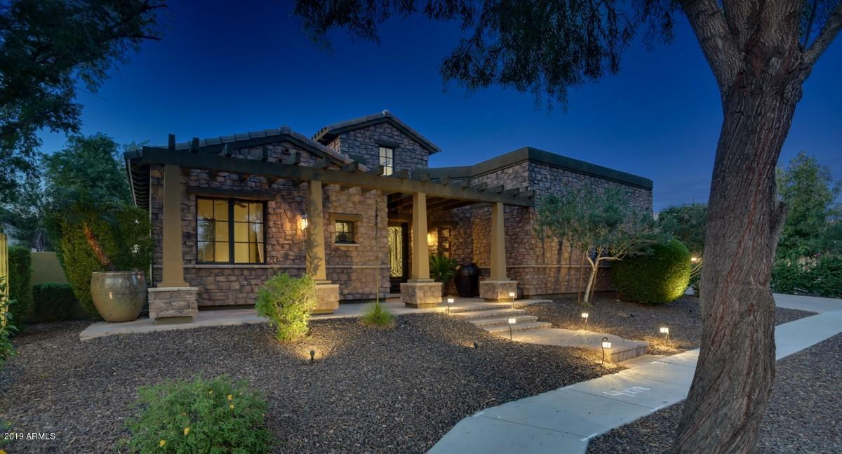 Photo of 7560 W TRAILS Drive, Glendale, AZ 85308