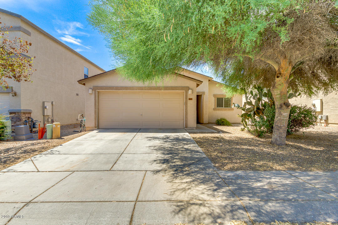 Photo of 1663 E DUST DEVIL Drive, San Tan Valley, AZ 85143