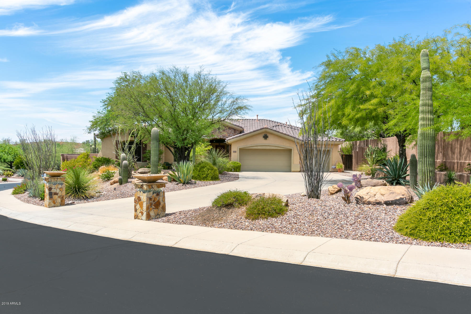 Photo of 42424 N CROSS TIMBERS Court, Anthem, AZ 85086