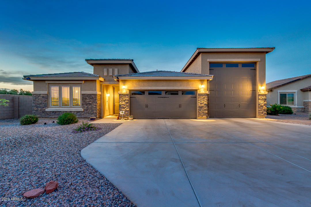 Photo of 10638 W PINCHOT Avenue, Avondale, AZ 85392